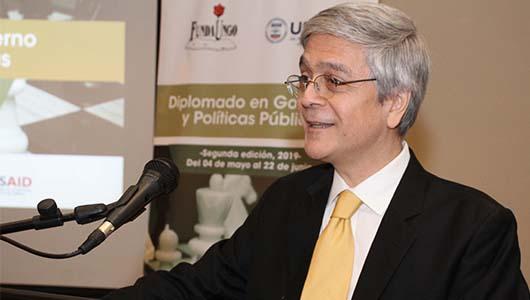 Dr._Córdova-2.jpg