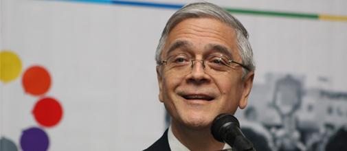 Dr._Ricardo_Córdova.jpg
